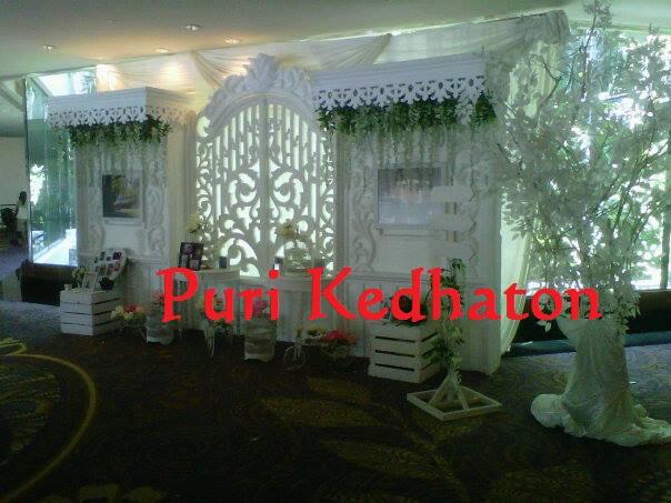 Wedding corner purikedhaton jasa dekorasi pernikahn malang wedding decoration malang dekosi pernikahan murah di malang jasa junglespirit Images